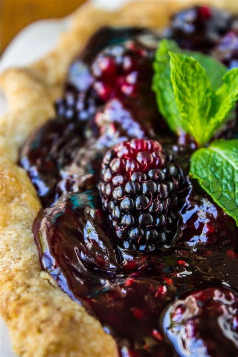 fresh blackberry glac 233 pie recipe the o jays blackberry pie and pie recipes