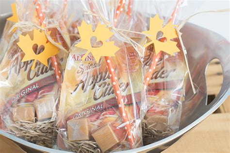 fall bridal shower favor ideas quot fallen in quot fall bridal shower favors apple cider favors and leaves