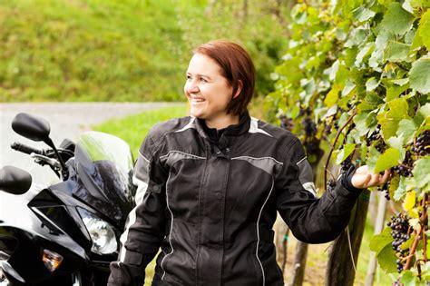 Fahrsicherheitstraining Motorrad Dortmund by Motorradtouren F 252 R Frauen Seminare F 252 R Frauen Onlineshop