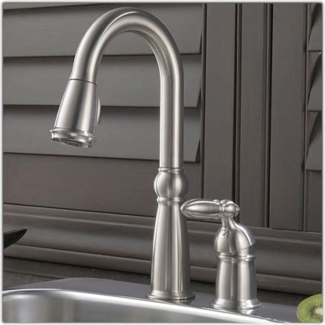 delta kitchen faucets delta trinsic pro pulldown sprayer