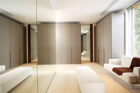 Bathroom And Closet Designs by Claves Para Tener Vestidores A Medida Perfectos