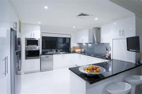 Bi Level Kitchen Designs by 41 U Shaped Kitchen Designs Love Home Designs