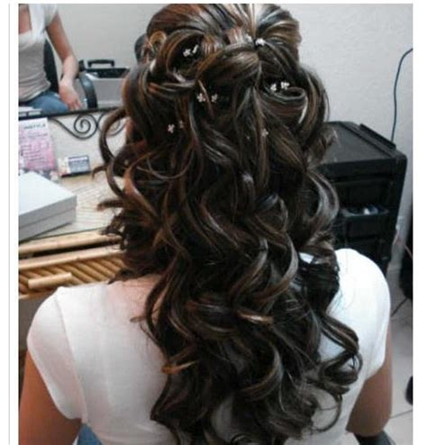 Curled Half Up Half Hairstyles by Half Up Curled Hairstyles How To
