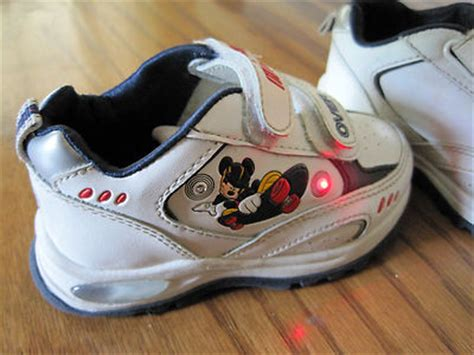 Mickey Mouse Light Up Shoes imempathic