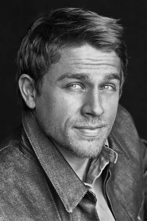 Charlie Hunnam - Vodly Movies
