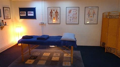 sports massage couch muscle clinic news archives the muscle clinic remedial