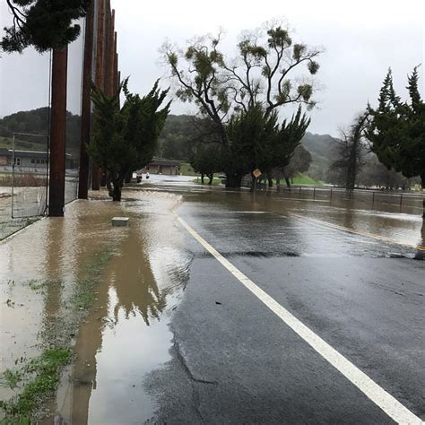 Castro Valley Arrest Records 22 Rescued From Flooded Castro Valley Golf Course Sfgate