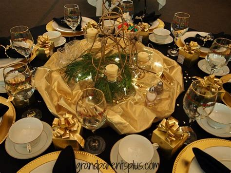 black and red christmas tablescapes tablescapes 2014 grandparentsplus
