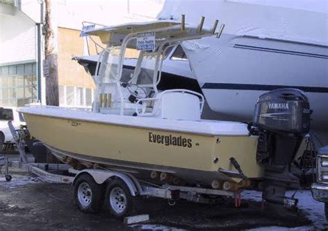 edgewater vs everglades the hull truth boating and - Edgewater Vs Everglades Boats