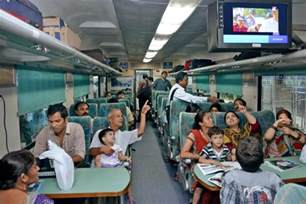 Cabin Kitchen Ideas 20 facts about indian railways you don t know