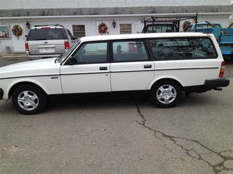 volvo  dl wagon  sale