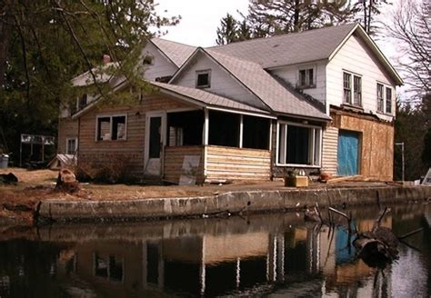 floating farmhouse floating farmhouse house envy bob vila