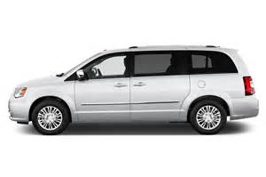 Chrysler Minivan Town And Country 2016 Chrysler Town Country Reviews And Rating Motor Trend