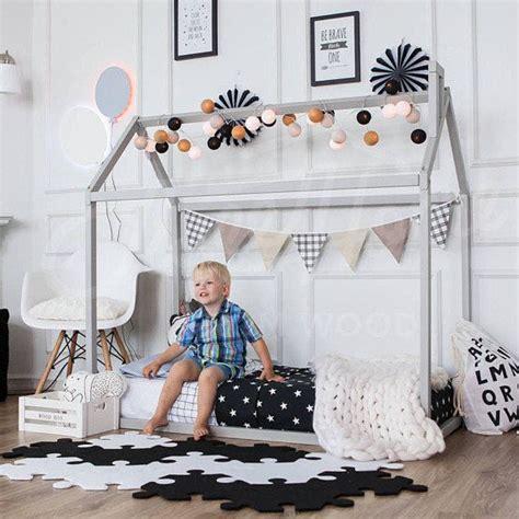 kleinkind schlafzimmerdekor ideen die besten 25 kinderspielhaus mit schlafboden ideen auf