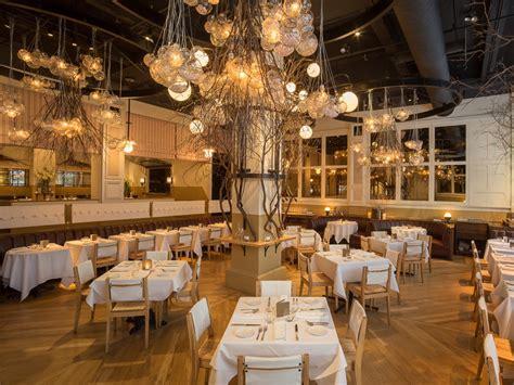 christmas decoration restaurants what new york restaurants the best decor