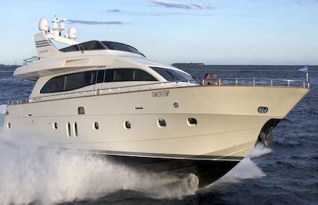 duffy boats dubai first yacht 187 yacht rental and brokerage in dubai