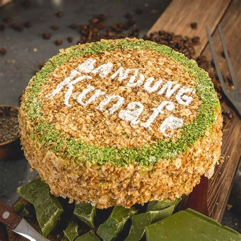 Bandung Kunafe Greentea lokasi outlet kue kekinian oleh oleh bandung jaman now