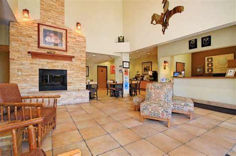 comfort inn ruidoso nm guest lobby comfort inn midtown ruidoso new mexico