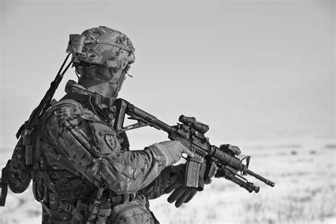 Digitec Army Blackwhite free stock photo of army black and white gun