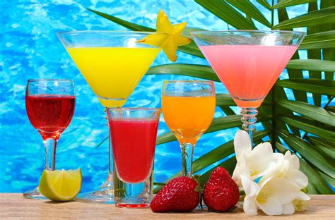 tropical drink tropical cocktail wallpapers pictures images