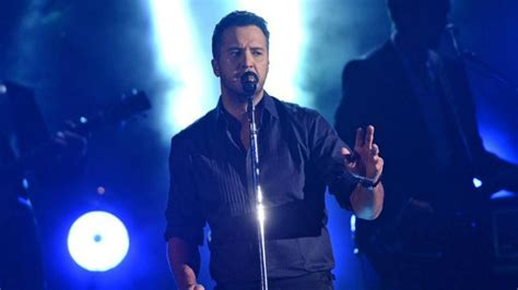 cabelas evansville indiana luke bryan s new single inspires new clothing collection