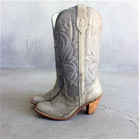 stacked heel cowboy boots early 80 s from