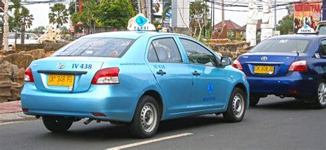 toyota limo 2013 toyota limo taxi photographed in kuta bali