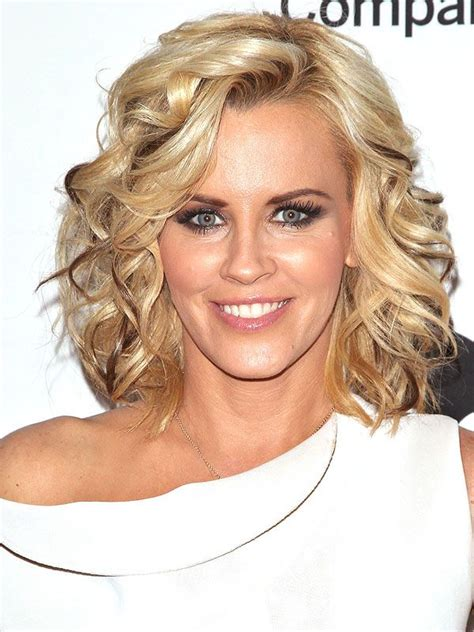 jenny mccarthy hair color jenny mccarthy s very defined lowlights love em or