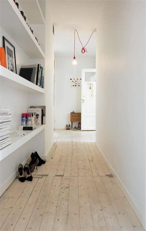 decorar pasillos y escaleras como decorar pasillos estrechos kybaliondeco