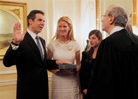 cuomo s hairpiece andrew cuomos sister madeline cuomo hairstylegalleries com