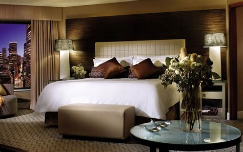 four seasons hotel sydney offers a sealy bed