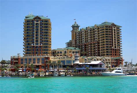Emerald Grande at HarborWalk Village   UPDATED 2017 Prices & Condominium Reviews (Destin, FL