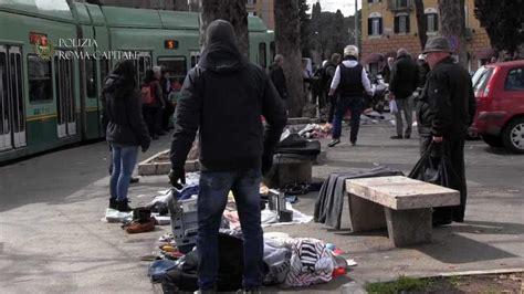 mercatino porta maggiore roma porta maggiore mercatino illegale alla fermata tram