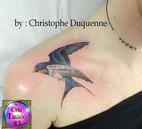 tatouage hirondelle epaule cristattoo83