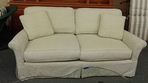 lee industries slipcovers lee industries slipcover sofa delmarva furniture consignment