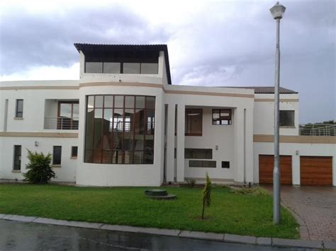 do 2 bedroom houses sell 5 bedroom house for sale for sale in midrand home sell