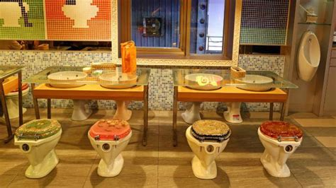 bathroom themed restaurant would you wine and dine in a toilet themed restaurant