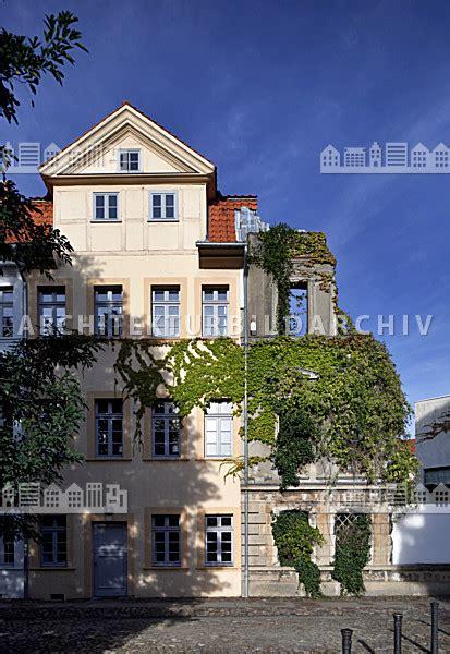 Braunschweig Architekten by B 252 Rgerh 228 User Und Kriegsruine Lessingplatz Braunschweig