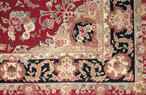 Persian Oriental Rugs Combine History Tradition And Art History Of Rugs