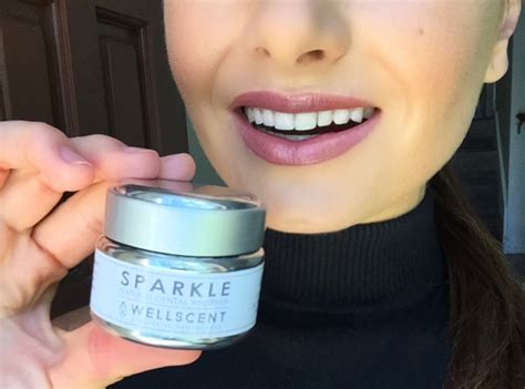 whiten teeth  activated charcoal