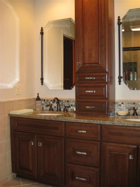 Bathroom Vanity Pulls Bathroom Cabinet Hardware Ideas With Amazing Photos In Canada Eyagci