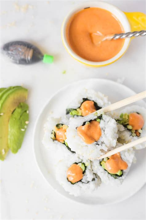 vegan sriracha mayo vegan sriracha mayo sushi date night in fooduzzi