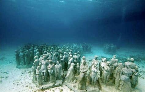 lost alexandria underwater monuments alexandria travel places