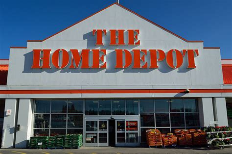 how home depot outperforms lowe s home depot inc nyse