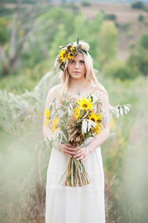 Flower Crown Kuning Pesta Bridal Mahkota Bunga Pesta Fcp 007 20 inspirasi mahkota bunga atau flower crown yang cantique