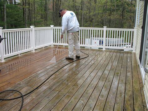 deck staining  massachusetts  painting deck