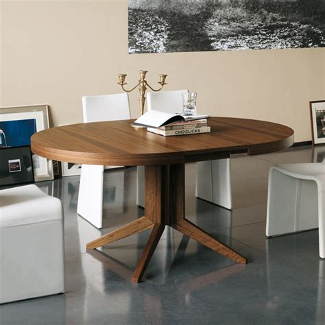 porada bryant  extending wooden dining table