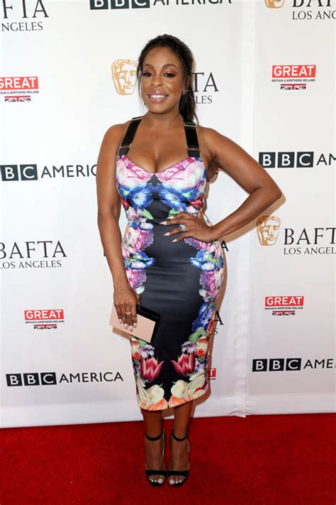 bafta 2016 red carpet rundown bbc america bafta los angeles tv tea party red carpet