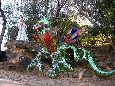 il giardino dell eros turismo nel giardino dei tarocchi si specchiano le emozioni