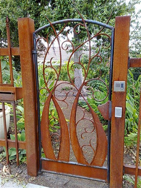 Decorative Gates fences contractor services